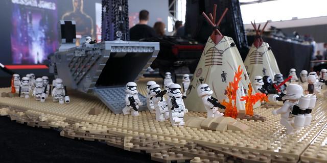 Comic Con Amsterdam Display 2016