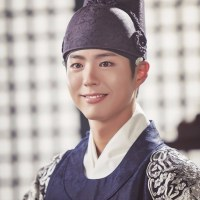 Moonlight Drawn by Clouds Fashion: Crown Prince Lee Yeong