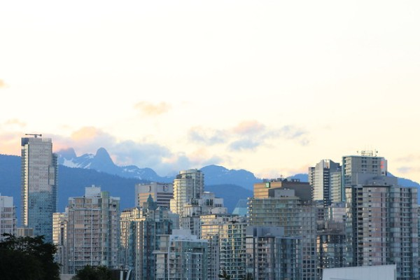 Vancouver Skyline at Dusk | Shades of Sarah