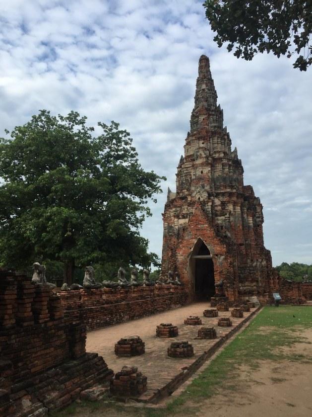 wat chaiwatthanaram ayutthaya AlexExplorestheWorld