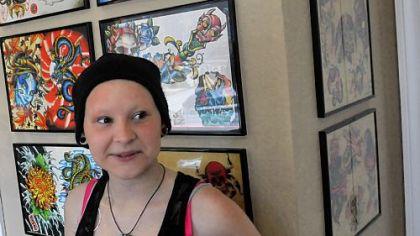 Shelby Sisco enjoys a special fundraiser.