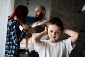 Wat zijn de werkzame elementen van interventies voor gezinnen met multiproblematiek?