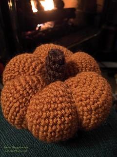 20151025-Crochet Pumpkin