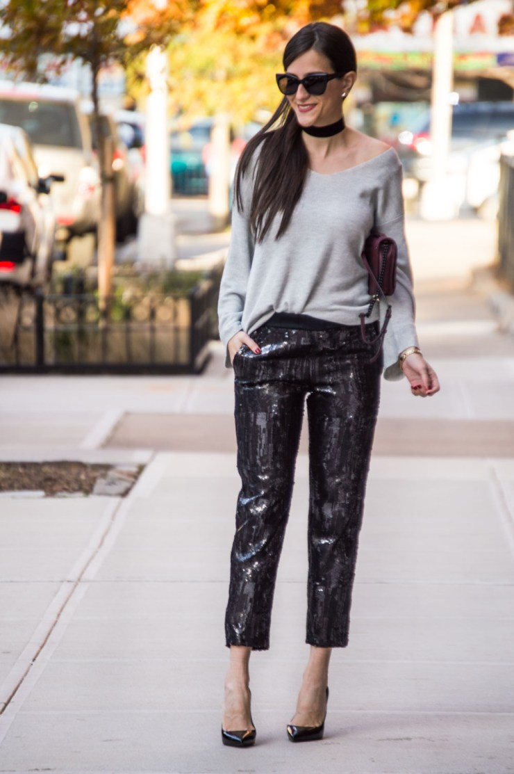 6c7aef324b HOLIDAY OUTFIT IDEA WITH SEQUINS JOGGERS - The Closet Crush