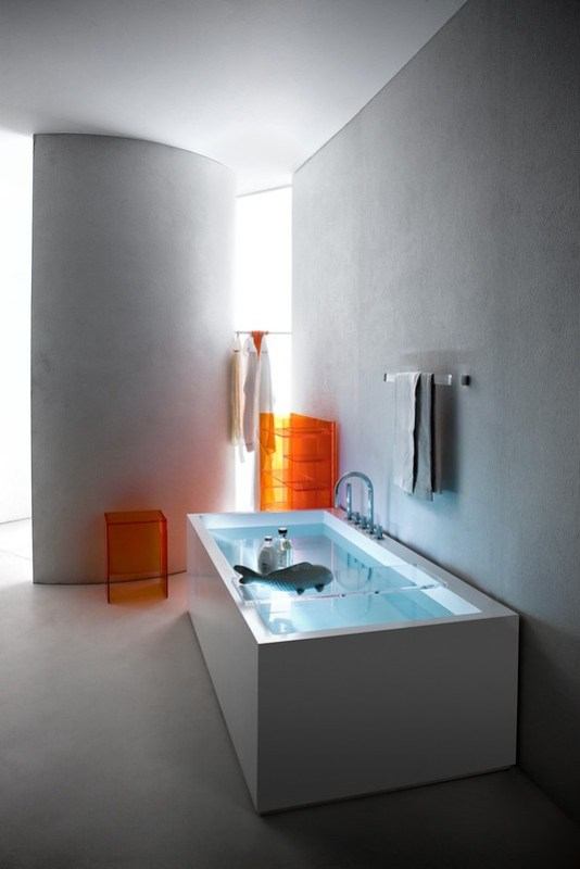 Kartell by Laufen freestanding bathtub – Designer: Ludovica + Roberto Palomba