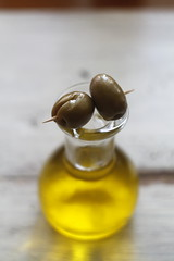 olive oil, olives