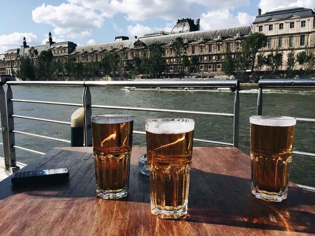 beer boat paris seine