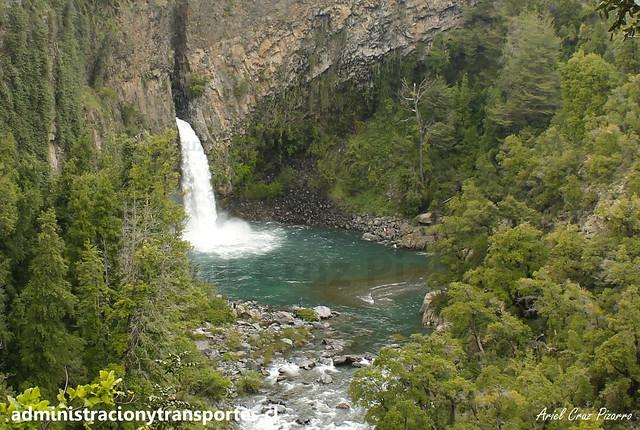 Salto de la Leona (Parque Nacional Radal Siete Tazas)