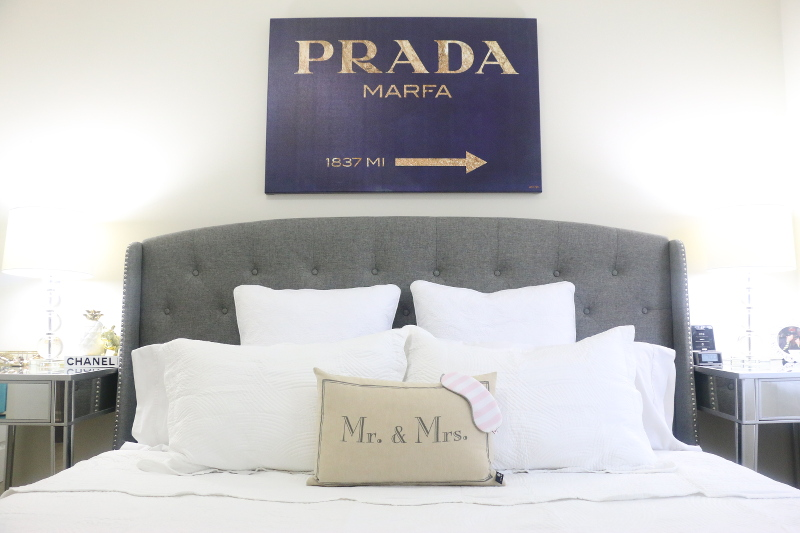 white-bedding-bed-oliver-gal-prada-art-10