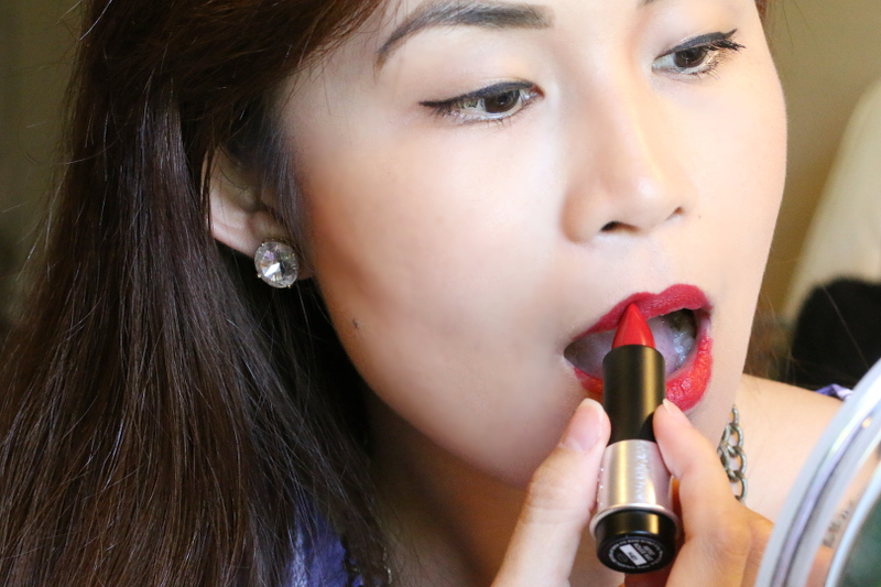 makeupforever-rouge-artist-lipstick-red-10