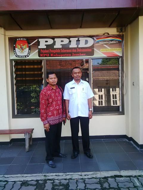 Suprihno saat berkunjung ke PPID KPU Kab.Jember(22/9)