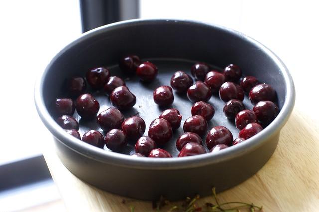 cherries in the pan