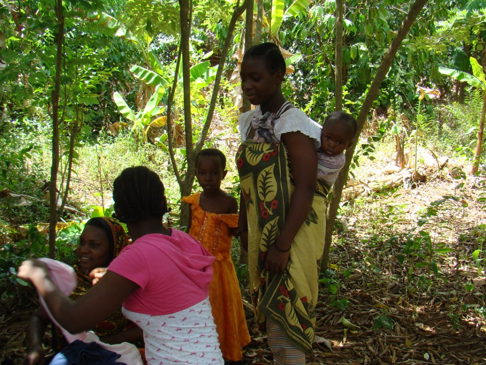 su gente people Zanzibar Tanzania 30