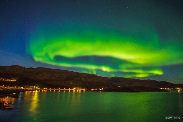 Aurora along E6 (2) - Alta, Norway.jpg