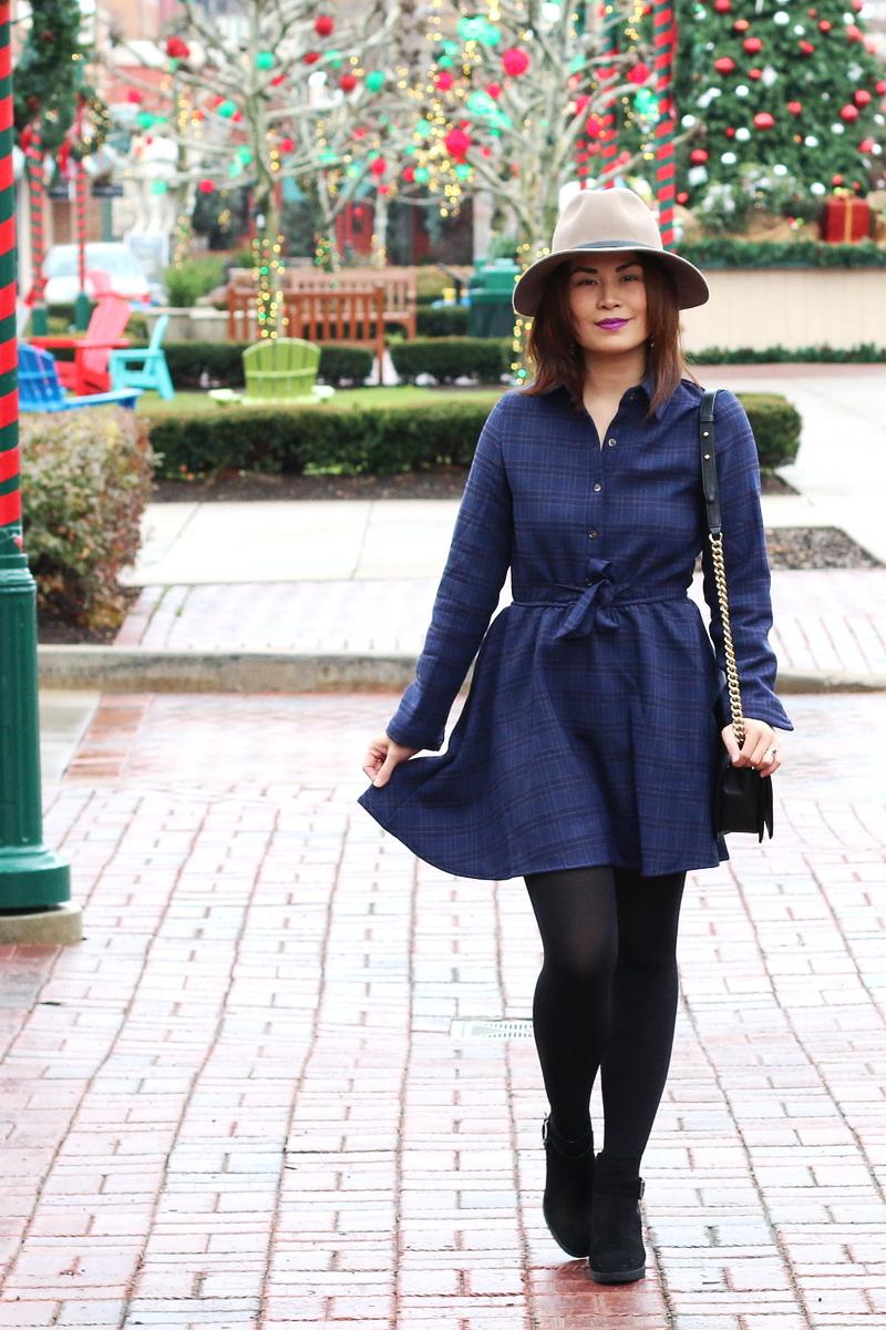 zaful-blue-plaid-shirt-dress-holiday-outfit-8