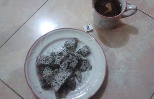 Dragonfruit and Tea