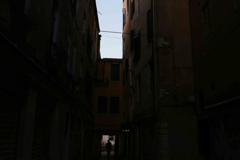 City Hangout - The Morning Mystery in the Ghetto, Venice