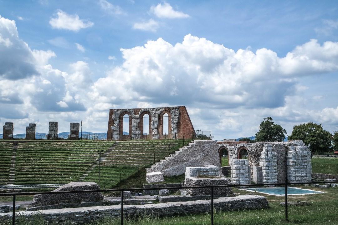 Teatro romano (Gubbio)