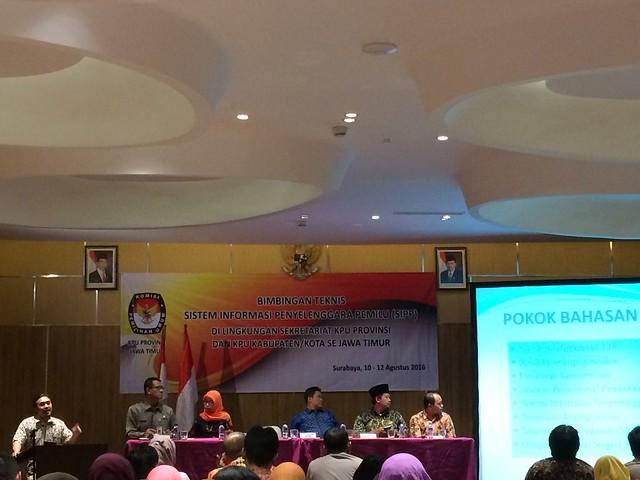 KaBiro SDM KPU RI Lucky Firnandy Majanto saat memberikan sambutannya dalam pembukaan acara Bimtek SIPP(10/8)