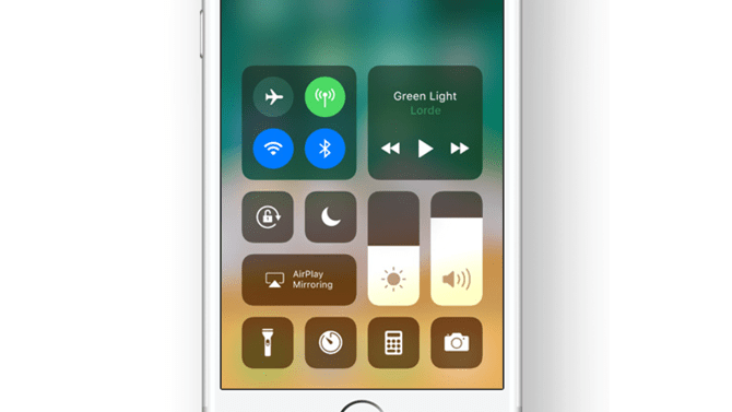 iOS 11 control center.png