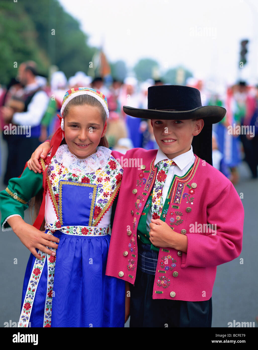 France Brittany Children In Traditional Costume Stock