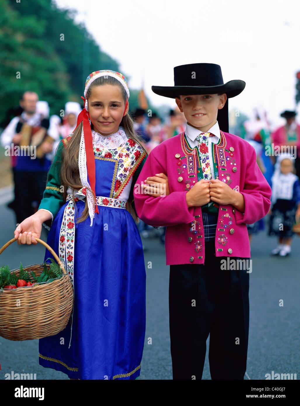 Brittany Children Costumes Couple Europe European