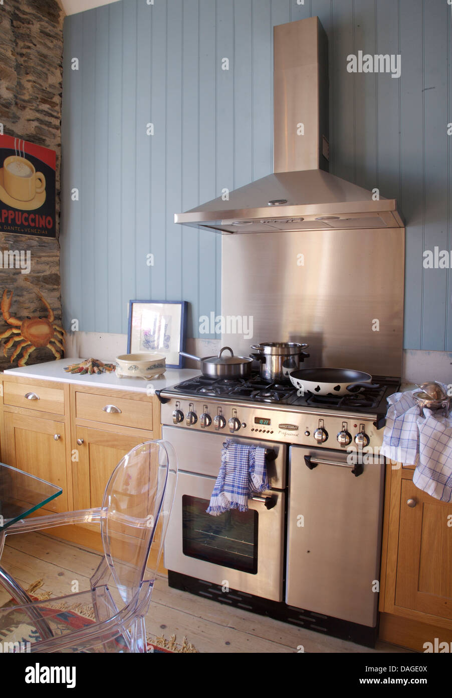 Kitchen Extractor White Hood