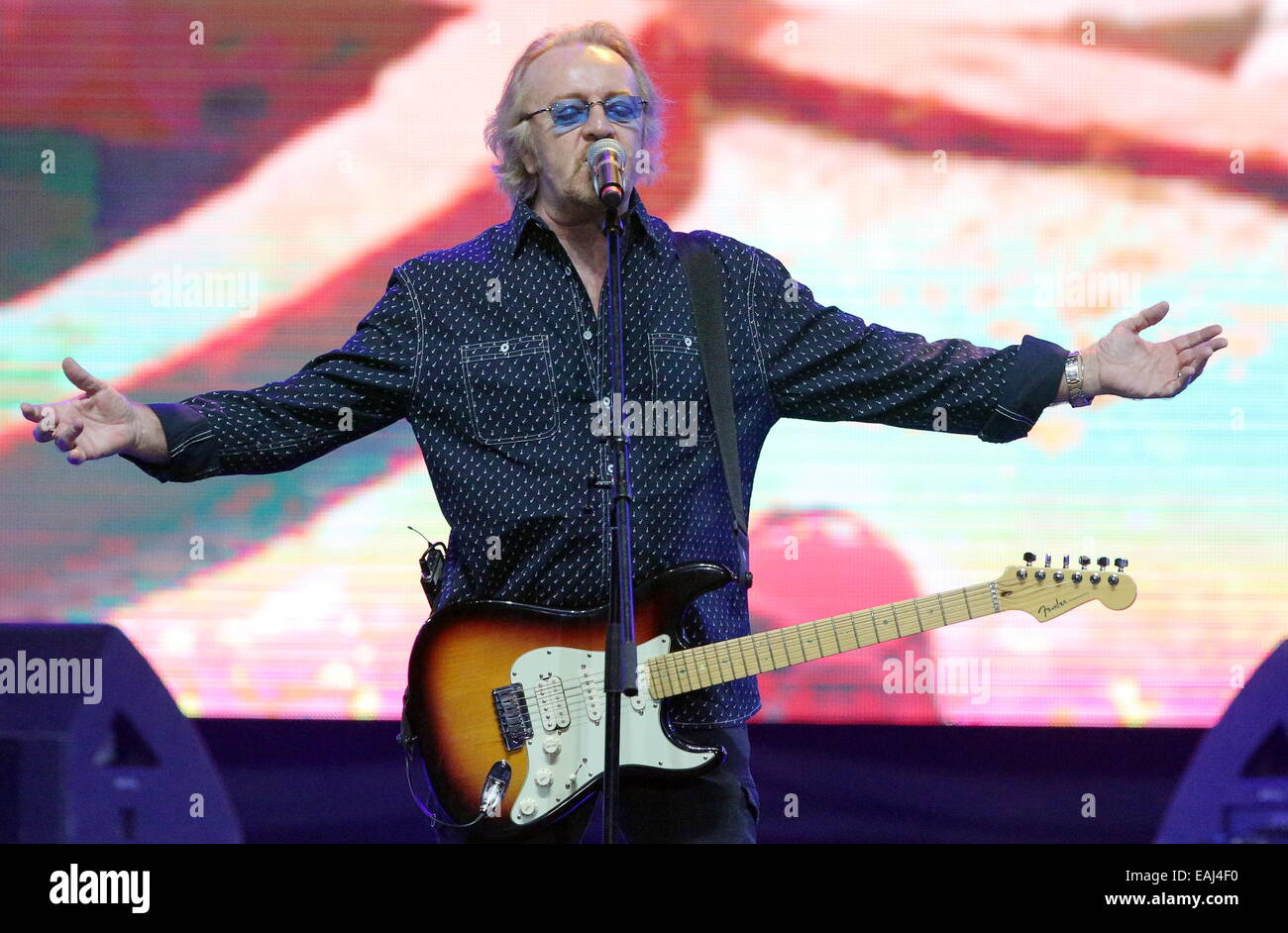 St Petersburg, Russia. 16th Nov, 2014. Italian singer Umberto Antonio Tozzi performs in a show titled Felicita Italiana Stock Photo