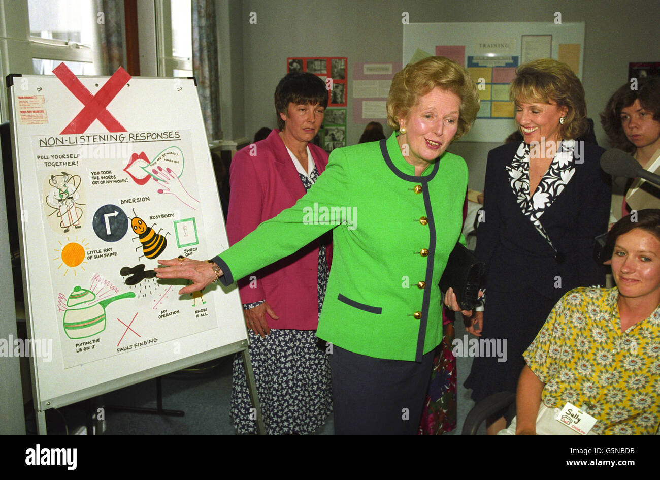 News - Prime Minister Margaret Thatcher and Esther Rantzen at the headquarters of Childline - London Stock Photo