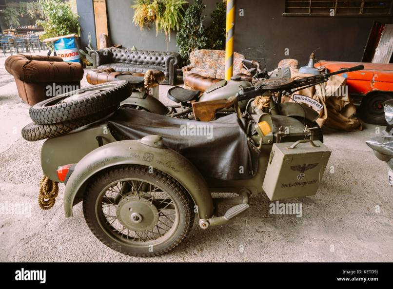 This Bmw R75 Is A World War Ii Era Motorcycle And Sidecar Combination Manufactured By The German Company Bavarian Motor Works