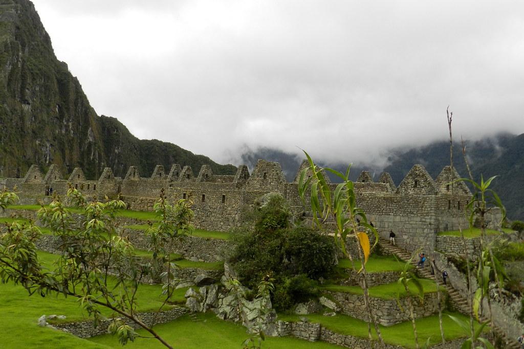 Peru Machu Picchu Grupo de las Tres Portadas 06