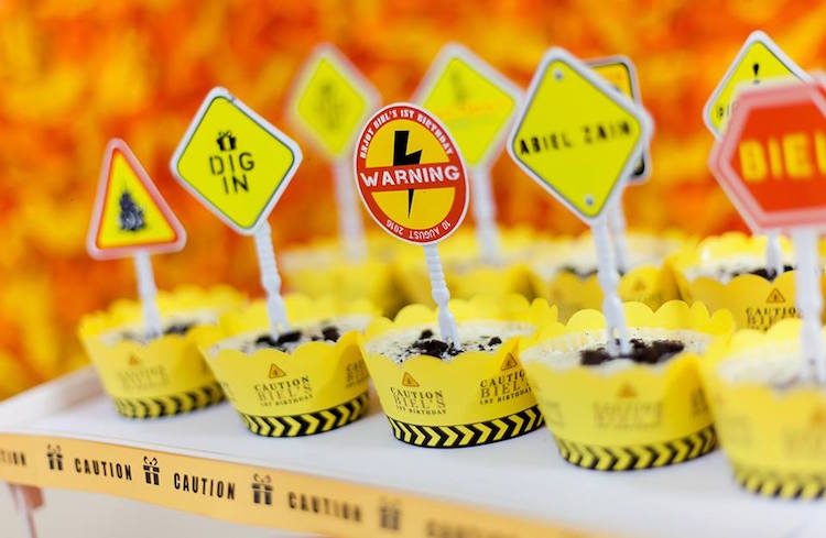 Homemade Parties DIY Party _Construction Themed Party02