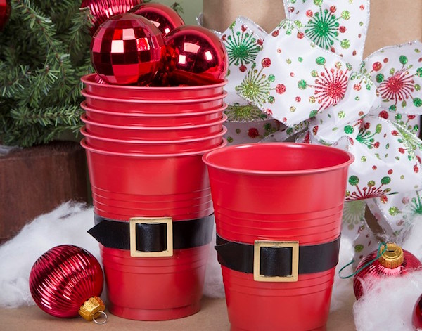Homemade Parties DIY Party _How to Make Santa Cups13