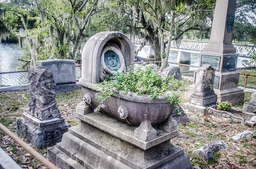 Magnolia Cemetery-015