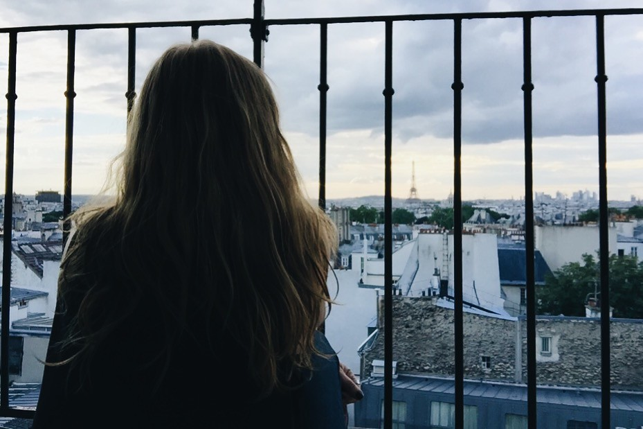 Paris 2016 staicase me eiffel tower