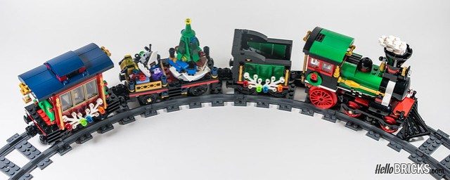 REVIEW LEGO 10254 Winter Holiday Train