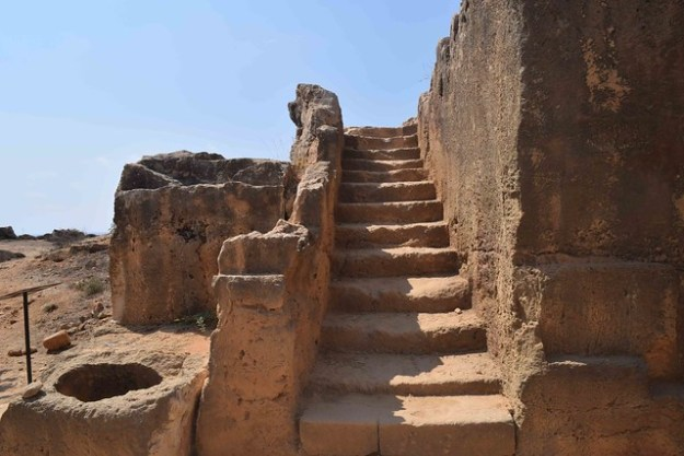 Tombs Of The Kings Stairs
