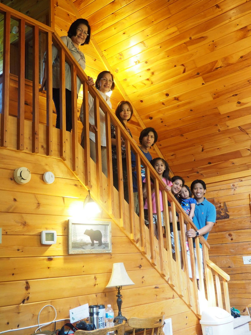 log-cabin-staircase-21