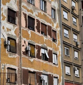 Clue 12-Worn building