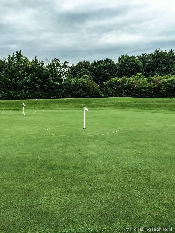 Eine Runde Golf mit The Hiking High Heel