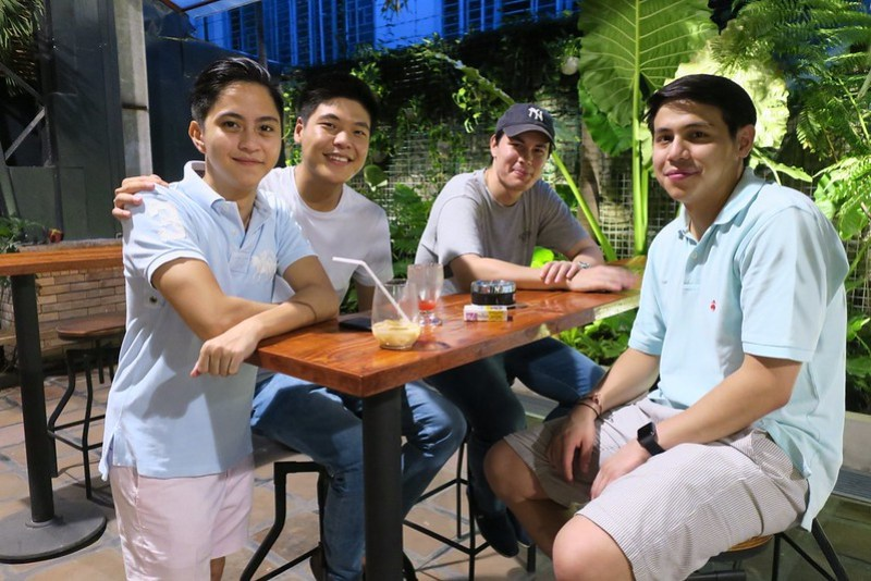 Sandro Marcos and friends