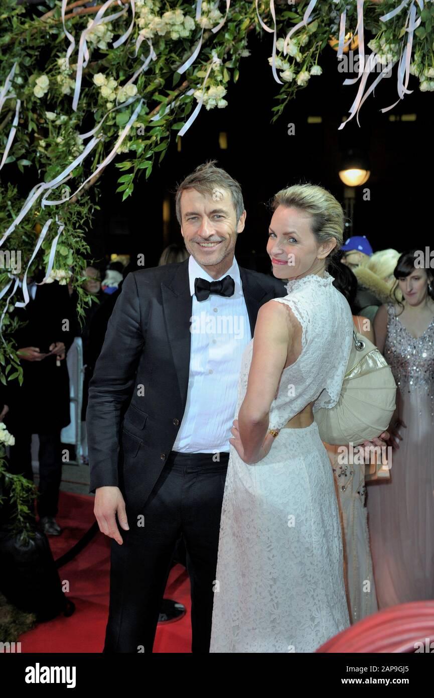 Die Hochzeit Oberpeinlich Alte Freunde Am Sarg Kino Kritik