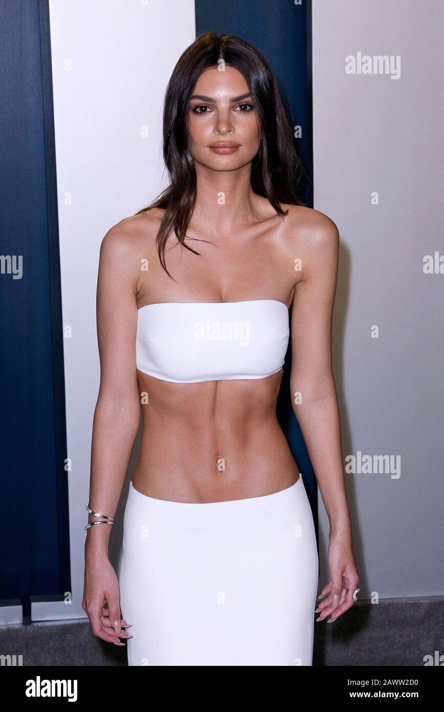 https www alamy com beverly hills usa 09th feb 2020 beverly hills california february 9 emily ratajkowski attends the 2020 vanity fair oscar party at wallis annenberg center for the performing arts on february 9 2020 in beverly hills california photo crashimagespace credit imagespacealamy live news image342914124 html