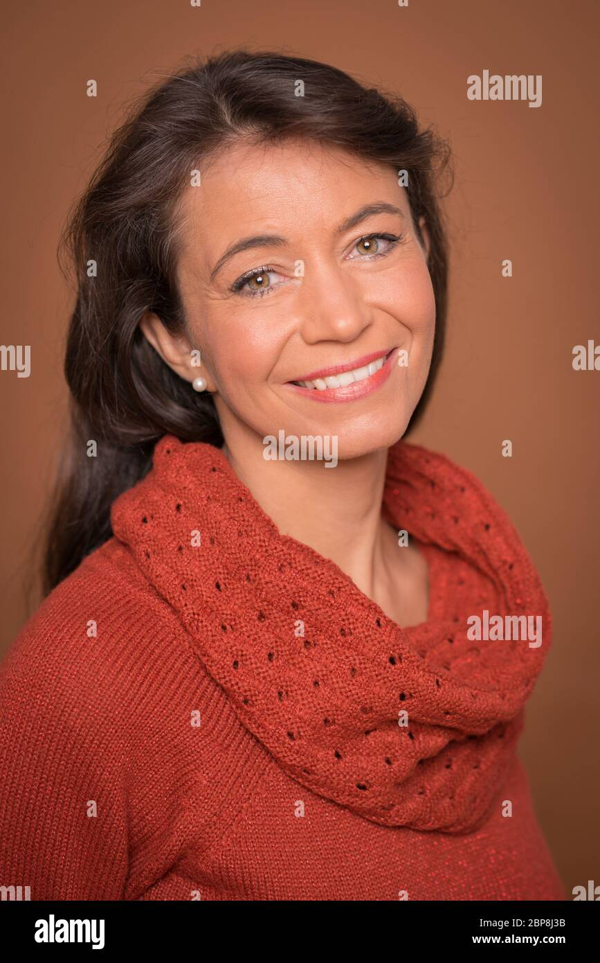 Page 2 Brunett High Resolution Stock Photography And Images Alamy