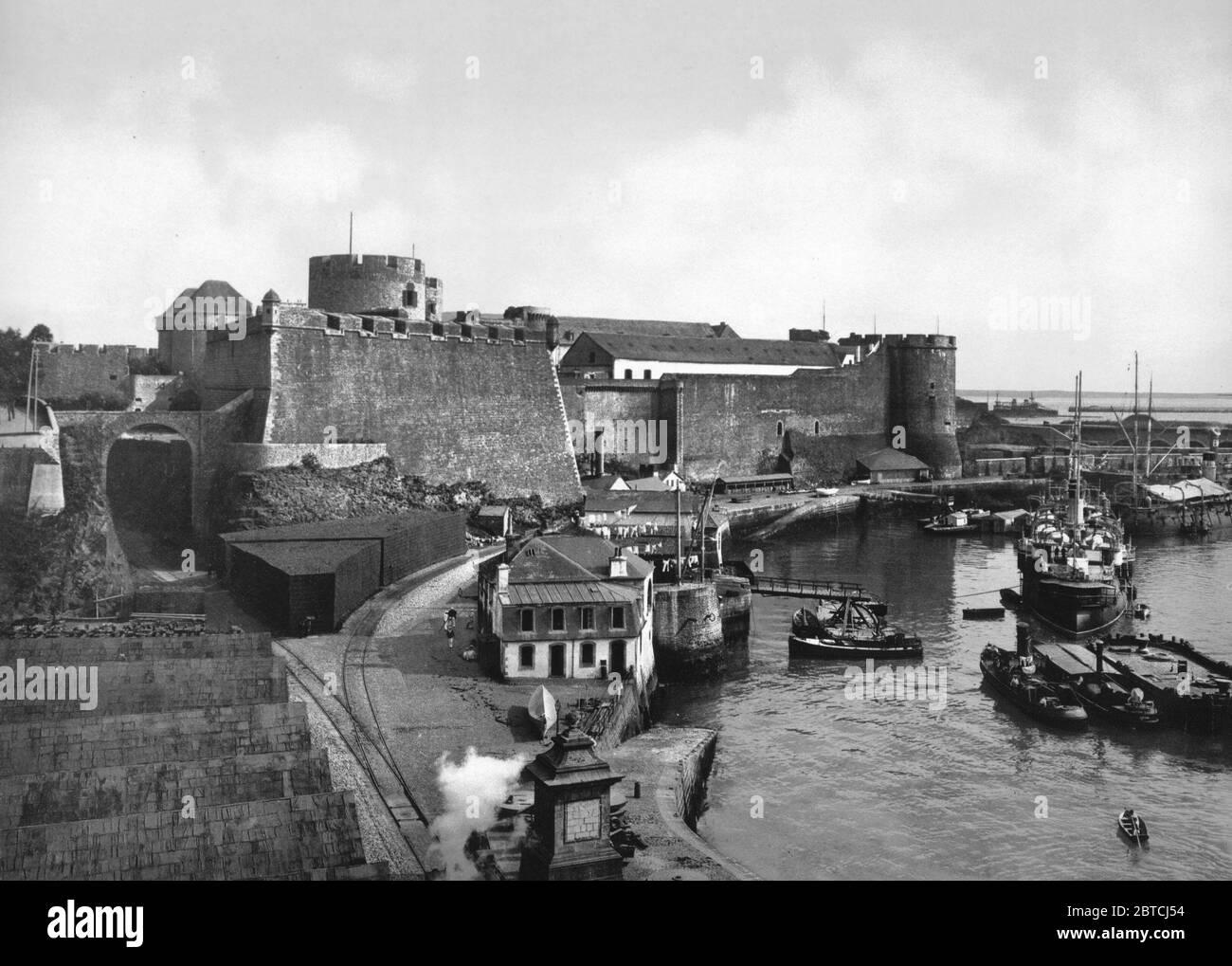 https www alamy com the castle from swing bridge brest france ca 1890 1900 image359236784 html