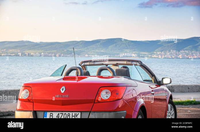 Renault Megane Coupe High Resolution Stock Photography And Images Alamy