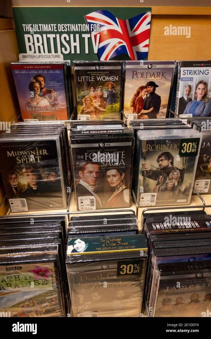 Barnes Noble Booksellers Dvd Display Nyc Usa Stock Photo Alamy