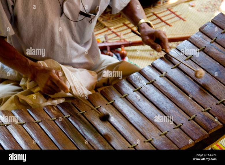 traditional instruments played while mourning a death luang prabang