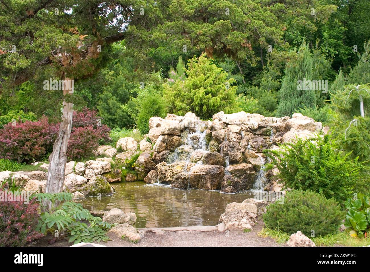 Where Buy Pond Rocks