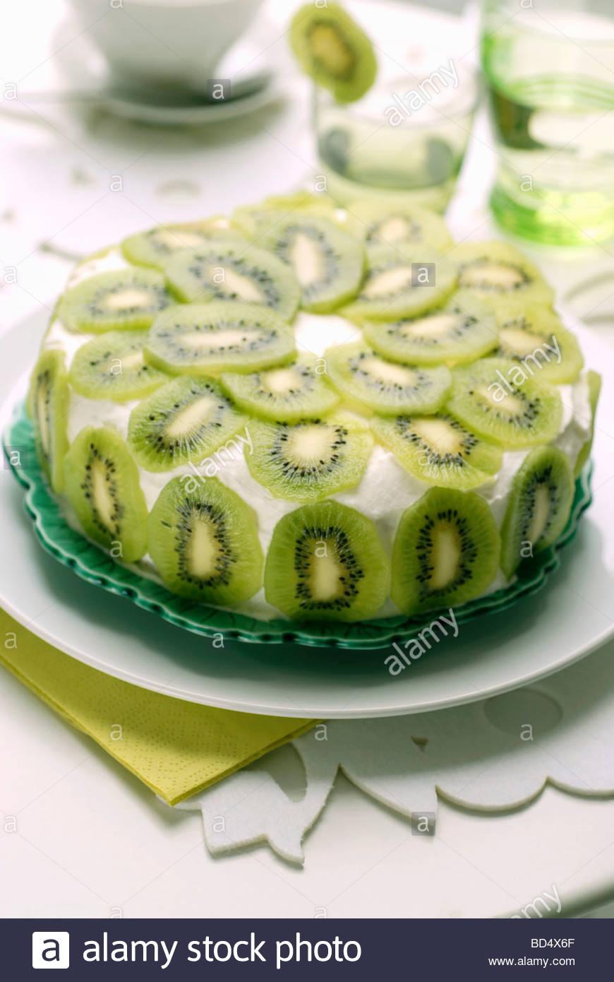 kiwi fruit cake stock photo: 25309271 - alamy